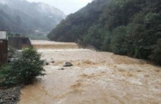 Şiddetli Yağış; 20 Ev Boşaltıldı