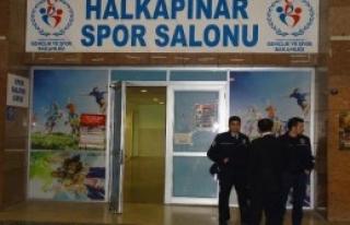 Rusya Futsal Takımına Güvenlik Önlemi