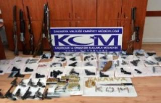 Sakarya'da Silah Ele Geçirildi