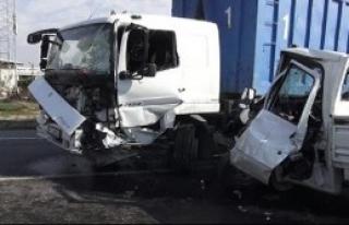 Sancaktepe'de Zincirleme Trafik Kazası