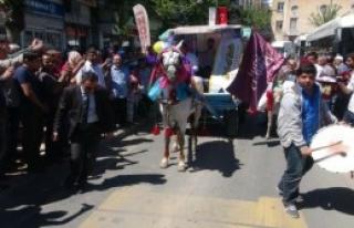 Şanlıurfa'da Düğün Fuarı Açıldı