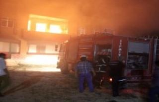 Şanlıurfa'da Hasımlarının Evini Ateşe Verdiler