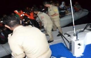 Selçuk'ta Lastik Botta 48 Mülteci Yakalandı
