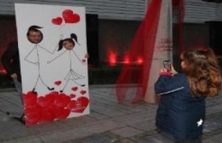 Sevgi Yolu'nda Hayat, Sokakta Aşk Vardı