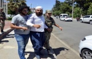 Siverek'te Atatürk Büstüne Saldırı