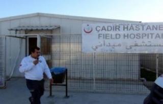 Suriyelilere Çadır Hastanede Sağlık Hizmeti