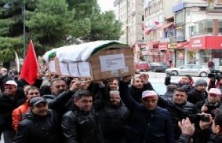 Taşeron İşçiler İçin Samsum'da Tabutlu Eylem