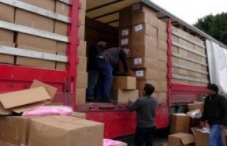 Tır'daki Bebek Kıyafetleri Arasında 250 Bin Paket...