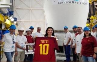 Totti'nin Forması Artık Uzayda