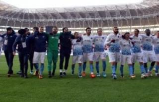 Trabzonspor, Çalımbay İle Çıkışa Geçti