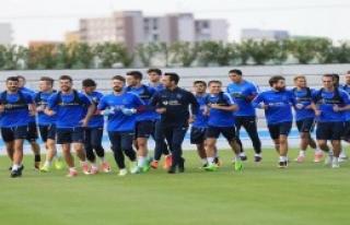 Trabzonspor'da Slovakya Kampı Başladı