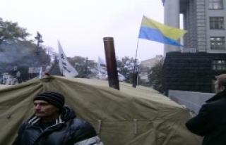 Ukrayna'da Yeni Protesto Dalgası