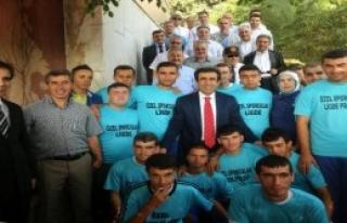 Vali Güzeloğlu Mersin'e Veda Etti