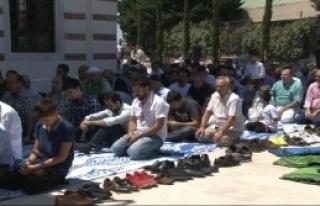 Validebağ 'Koru Camii' İbadete Açıldı
