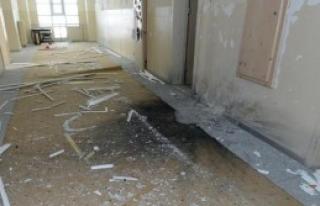 Van'da Okula Bombalı Saldırı