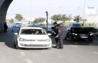 Atatürk Havalimanı'nda Güvenlik Kontrolleri