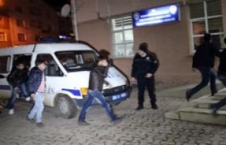 Yurtta Öğrenci Kavgası: 20 Gözaltı