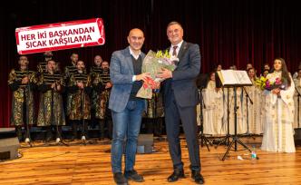 """Medeniyetler Korosu'ndan İzmir'de """"farklılık"""" konseri"""