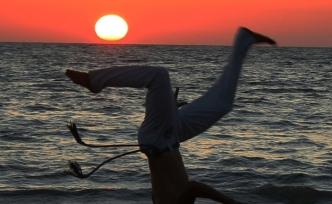 Güneşle dans