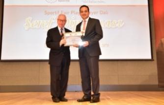 Başkan Atila'ya spor dünyasından büyük onur