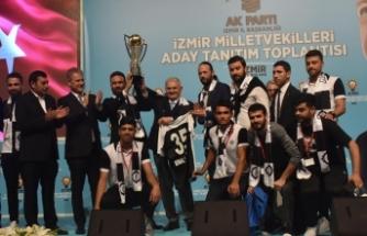 Başkan Ekmekçioğlu'ndan 'kupa' müjdesi!
