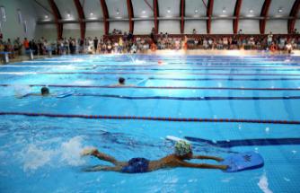 Karşıyaka'nın yüzme havuzu çok sevildi