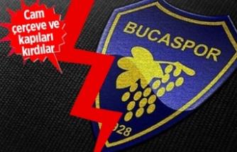 Bucaspor'da taraftarlar yönetime el koydu