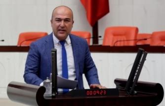 CHP'li Bakan, zehirlenen işçileri sordu