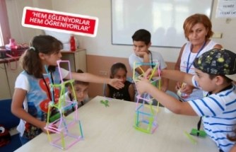 Karabağlar Belediyesi'nde yaz okulları başlıyor!
