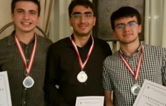 Lise öğrencisinden uluslararası matematik başarısı