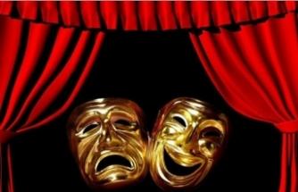 Selçuk'ta tiyatro zamanı!