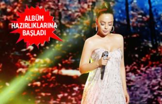 Ebru Gündeş, yeni albümü için 1 milyon lira harcadı