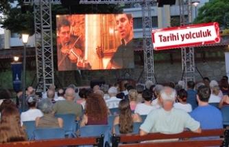 'İzmir Müzikleri' mest edecek