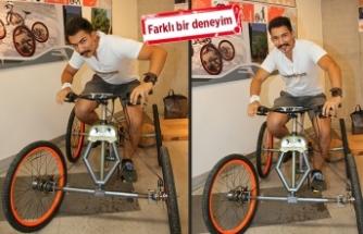 4 tekerlekli katlanabilir dağ bisikleti tasarladı