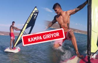 Barış Murat Yağcı'nın yeni heyecanı sörf