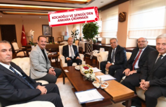 İzmir'in onay bekleyen projeleri için Ankara'ya gittiler