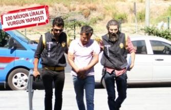 O banka müdürü, İzmir'de yakalandı