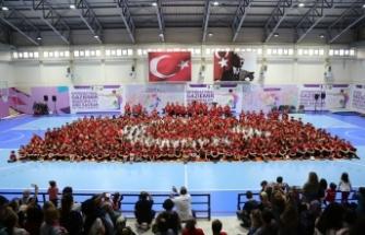 """Gaziemir'de spor kursları """"Andımız"""" ile başladı"""