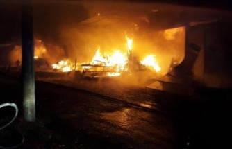 Antik Kentte yangın : 5 dükkan hasar gördü