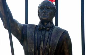 Atatürk'e benzemeyen heykelde son durum