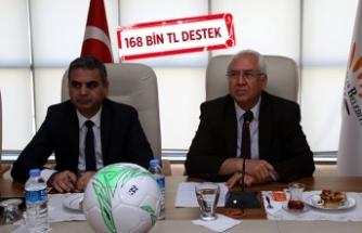 Karabağlar Belediyesi'nden amatör futbol kulüplerini sevindiren destek