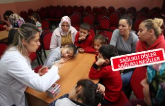 Karabağlar'da miniklere diş sağlığı eğitimi