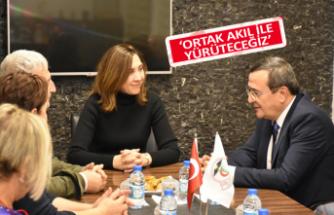 Başkan Batur, doktorlara İzmir vizyonunu anlattı