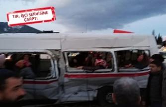 İzmir'de feci kaza: 15 yaralı
