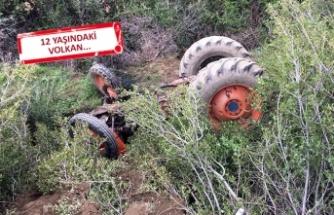 İzmir'de feci kaza: Traktörün altında kaldı