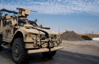 ABD Suriye'nin en büyük petrol sahasına üretimi artırmak için uzman gönderdi