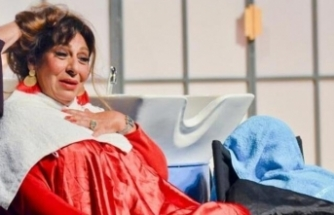 Melek Baykal 38 yıllık eşinden boşanıyor