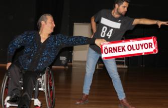 Milli dansçı engelleri aşıp azmiyle başarıya koşuyor