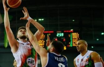 Pınar Karşıyaka çeyrek finale yükselmeyi garantiledi
