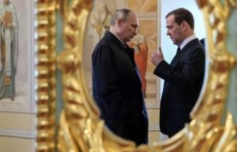 Rusya'da olan bitenin perde arkası! Medvedev neden bıraktı?